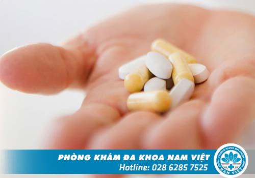 Điều trị bằng thuốc chỉ áp dụng khi bệnh còn nhẹ